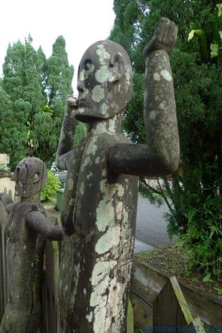 TWOGIANTSTATUE&mmMALE&FEMALEDAYAKFigureSculptureBorneoDyak