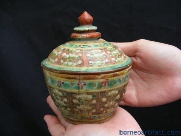 MINI COVERED JAR, ANTIQUE AUTHENTIC Red and Green Buddhist Emblem MINI COVERED JAR Chinese Heirloom