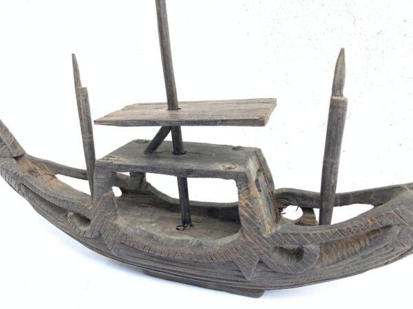BORNEOVESSEL.TRIBALCOFFINBOATDayakStatueSculptureFigureNagaAsia