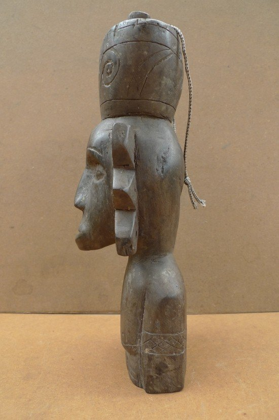 Authentic Aged Statue Sculpture, DAYAK BAHAU & JAR 10.6 Authentic Aged Statue Sculpture Primitive Figure Borneo
