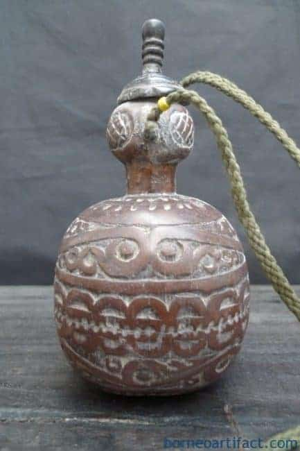 OLD BETEL NUT CONTAINER Kapur Sirih Batak Indonesia Artifact Box Bottle Chamber