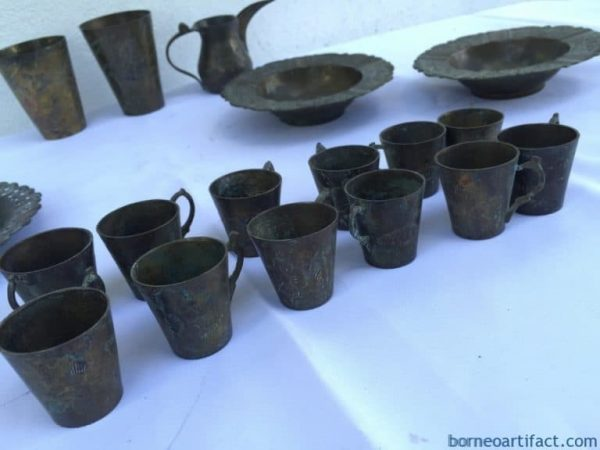 OLD COLLECTION 18 piece STUNNING Brass Dining Set Borneo Cup Tray Jar Tea Coffee