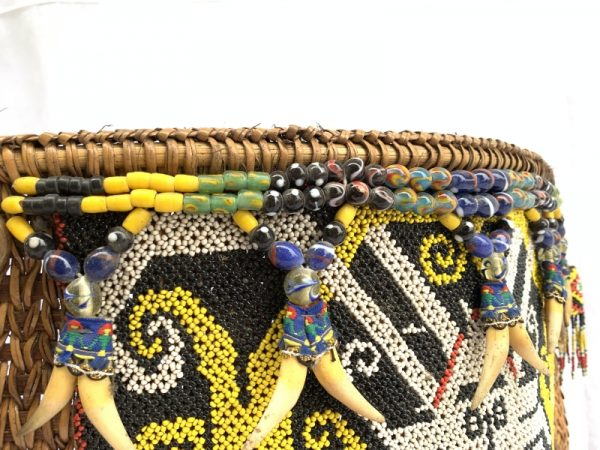 TRIBAL CHILD CARRIER 330x410mm Baby Bag Tribe Borneo Headhunter Artifact Beads Figure Statue Figurine