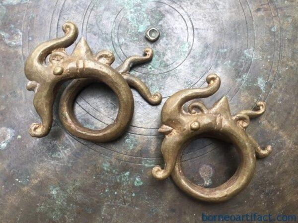 earweight brass