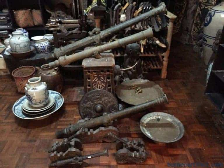 Borneo antique gallery