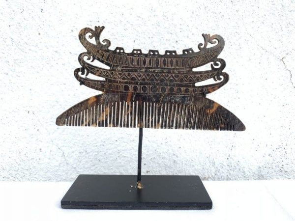 hairpin, AUTHENTIC LETI CROWN / HAIRPIN 110mm On Stand Aged Tanimbar Indonesia Asian Art