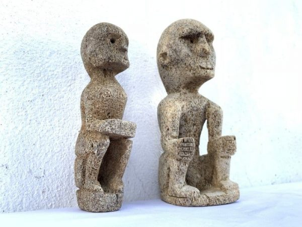 SEA DAYAK FIGURE (1 Pair) CORAL STATUE Hampatong Figurine Asia Sculpture Borneo